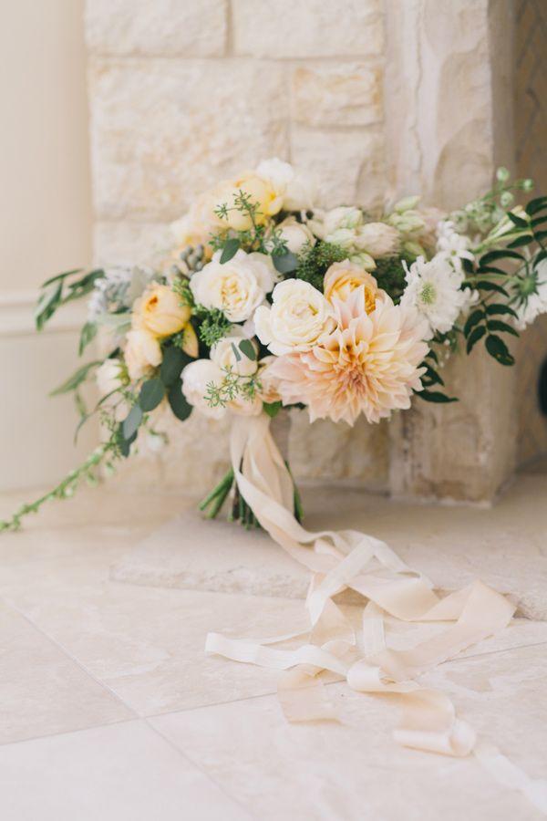 Cvet svadby persikovy - floristika (19)