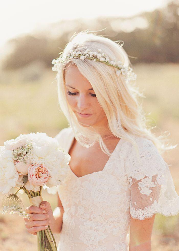 Pricheska nevesty - cvety v volosah (13)