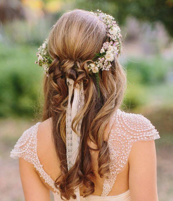 Pricheska nevesty - cvety v volosah (22)