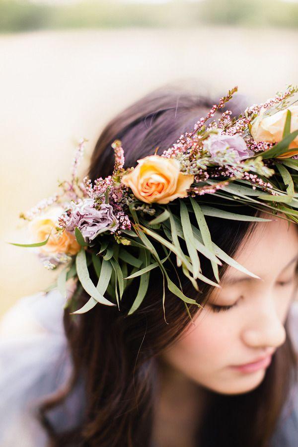 Pricheska nevesty - cvety v volosah (85)
