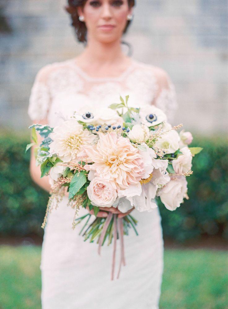 Stil svadby romantichnyi  buket nevesty (117)