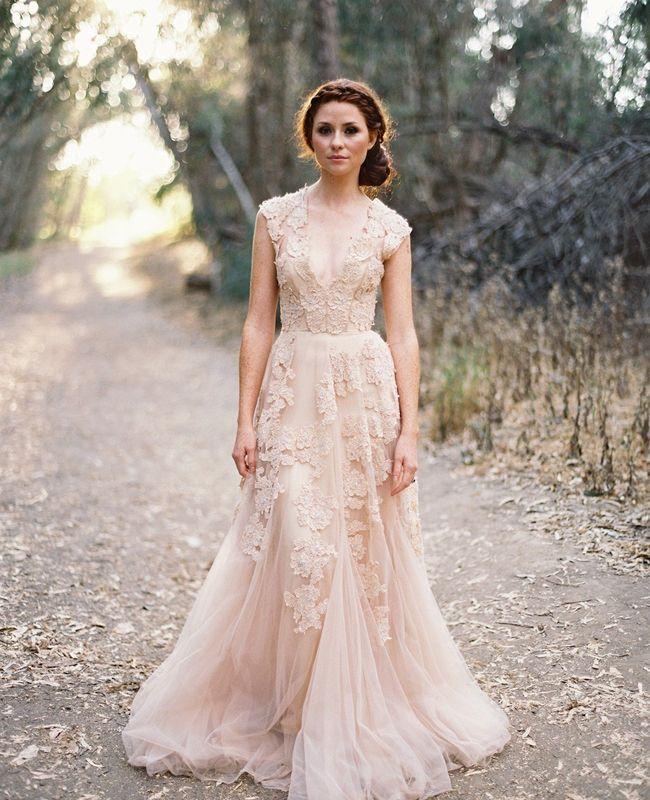 Stil svadby romantichnyi platie nevesty (17)