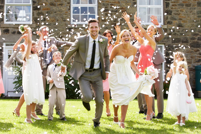 otriv-s-nevestoy-na-svadbe-na-foto-krupno