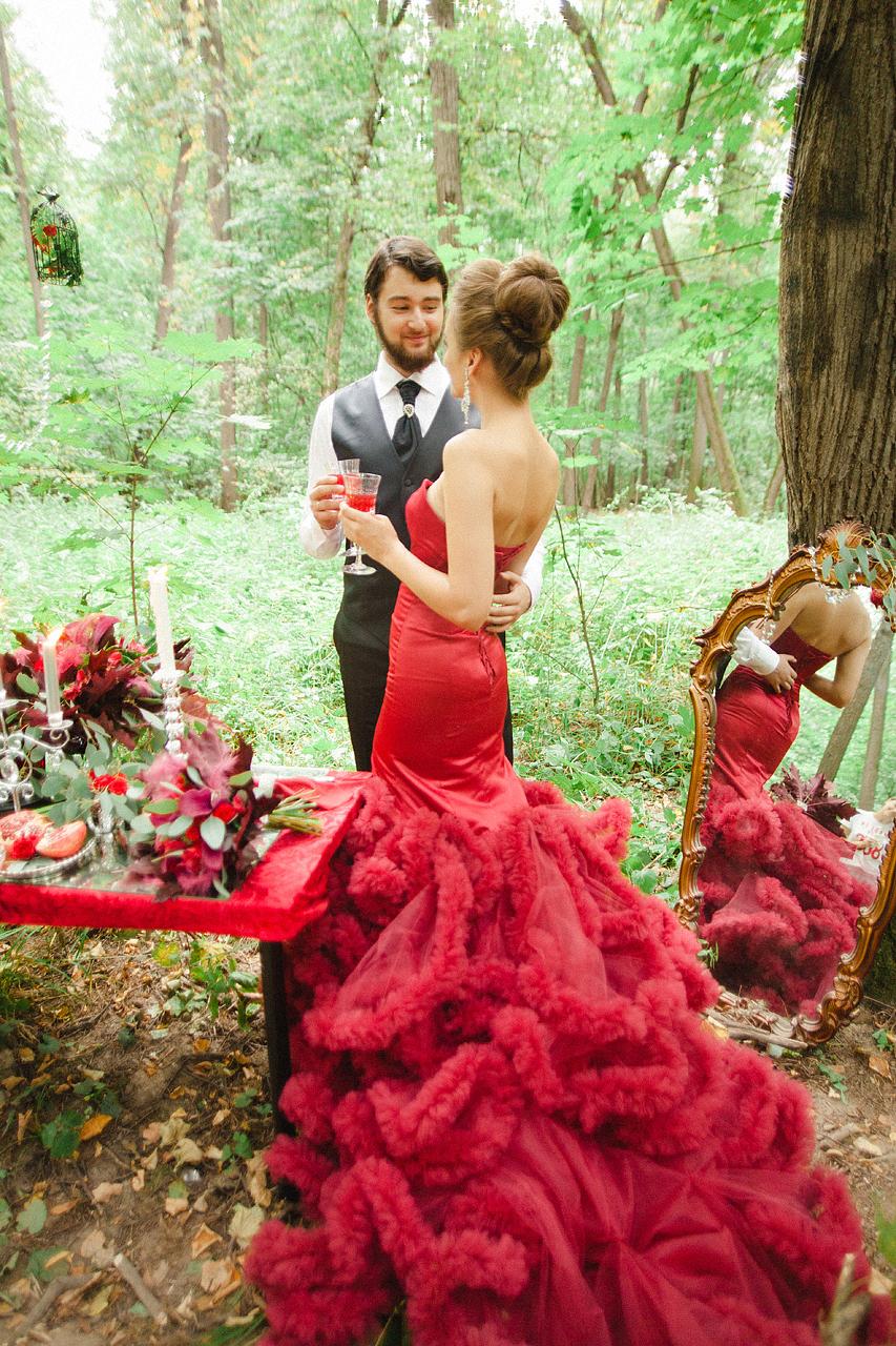 В оттенках страсти: фотосессия Андрея и Натальи