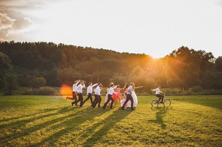 Кого пригласить на свадьбу - Друзья жениха