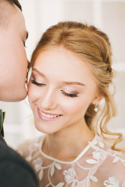 Весенние улыбки: стилизованная фотосессия Никиты и Юли