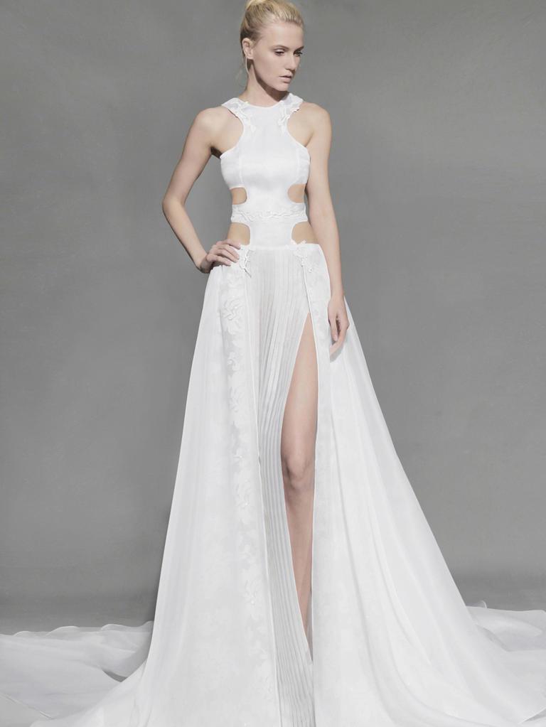 Это слишком: 16 самых откровенных свадебных платьев 2016