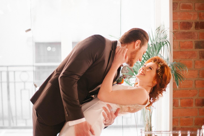Янтарный свет: love-story Алины и Василия