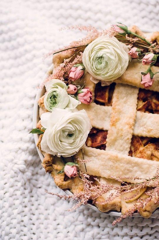 Что твой любимый десерт говорит о стиле твоей свадьбы?