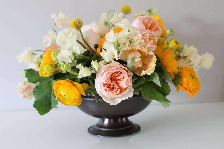 подливая композиция цветов в вазе картинки построена территории старинного