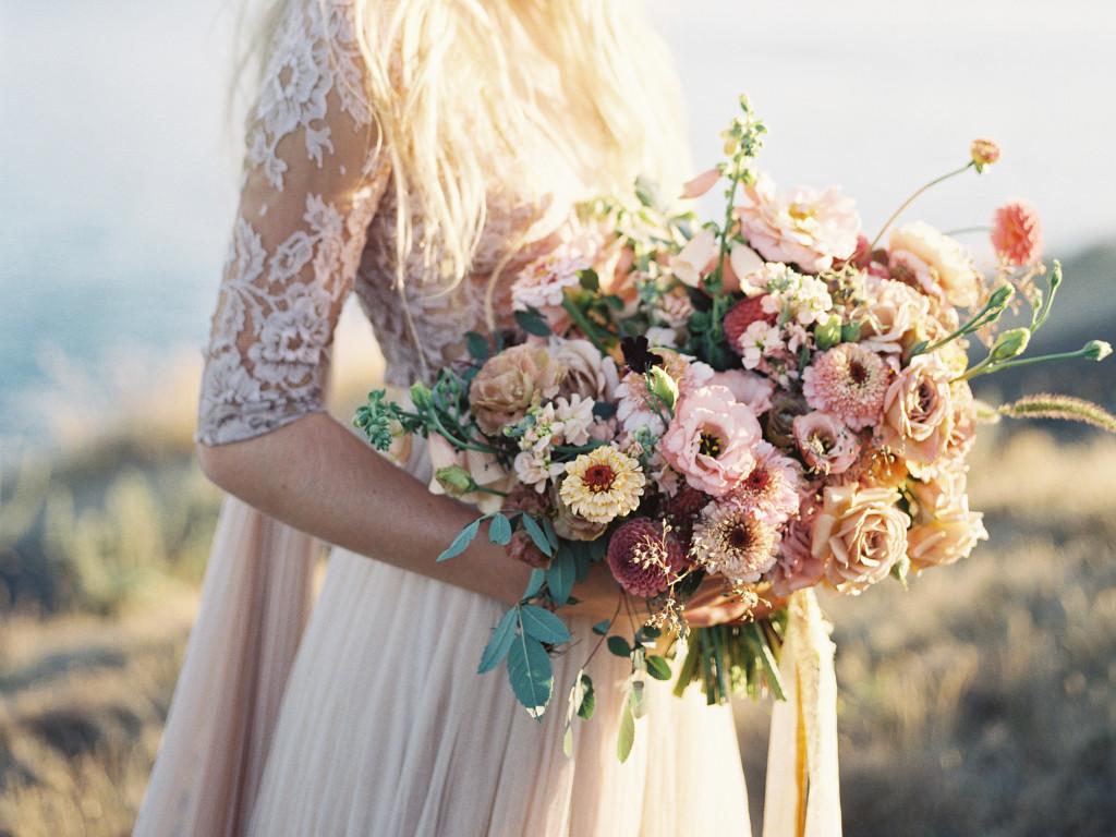 Роз, нужные цветов в букете невесты значение