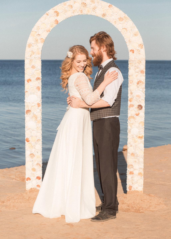 Нежность моря: стилизованная фотосессия Александра и Марии
