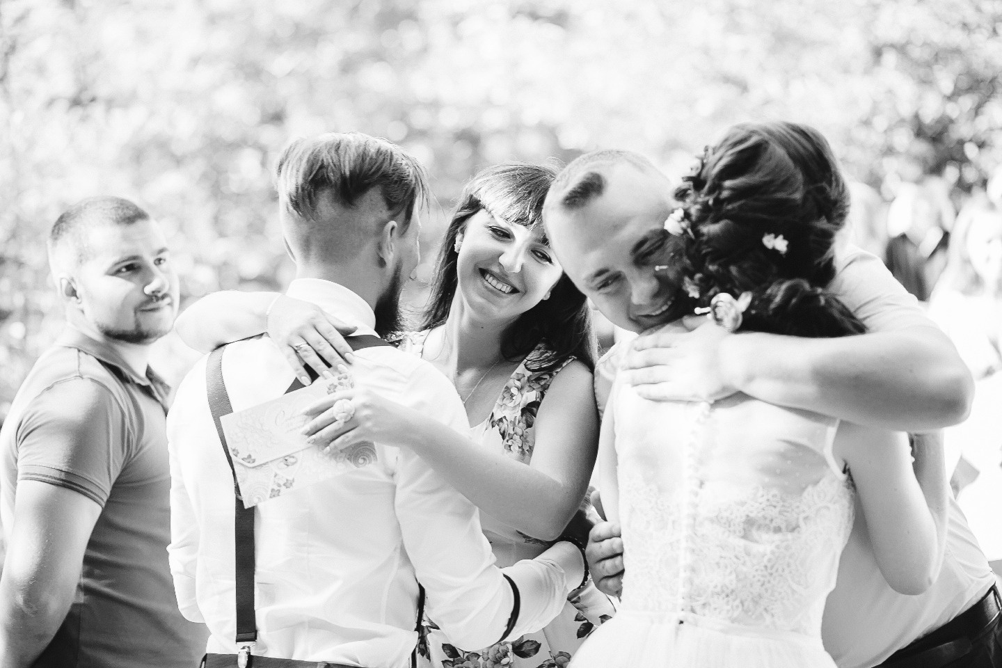 Сад любви: свадебная фотосессия Елены и Алексея