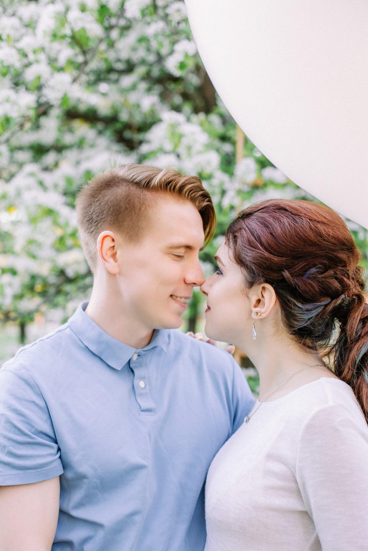 В яблоневом саду: love-story Вероники и Артема