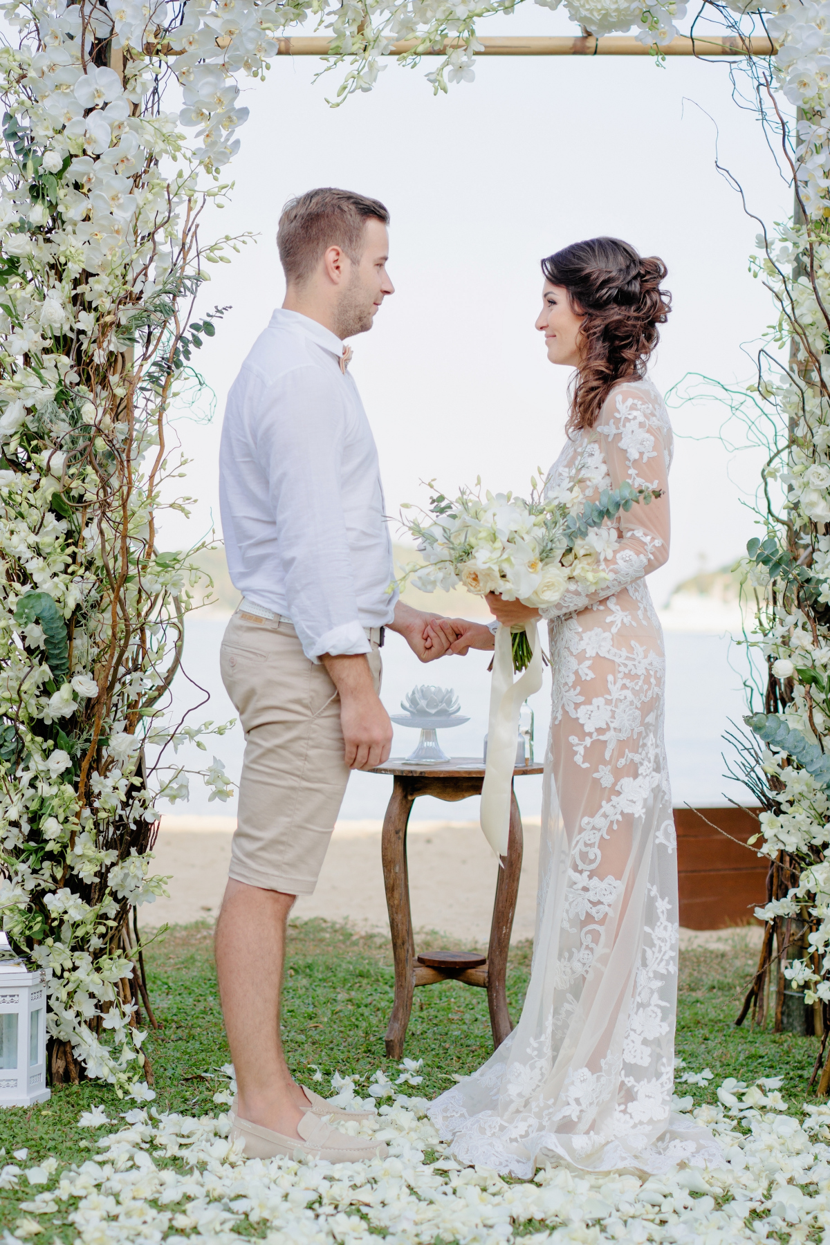3bfba2b0d Мечта на берегу океана: свадьба Евгения и Александры - The Bride