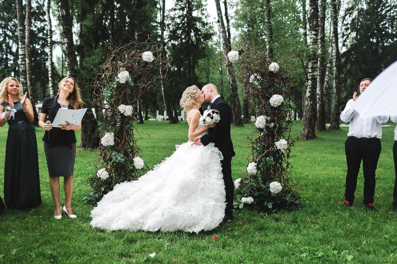 Что выбор свадебного платья говорит о твоем характере?